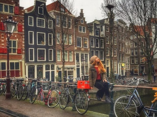AMSTERDAM'DAN